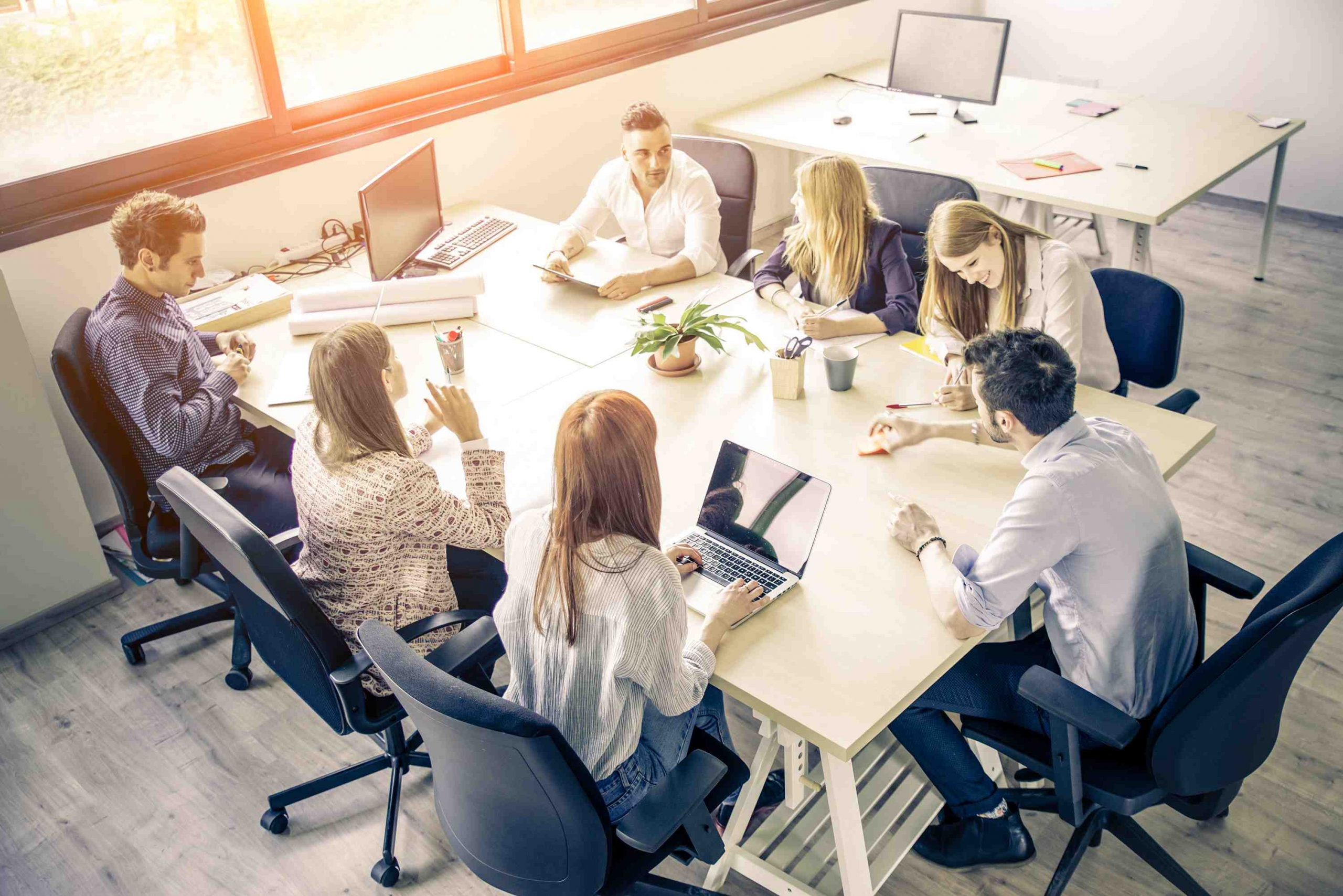 How do I choose an executive search firm?