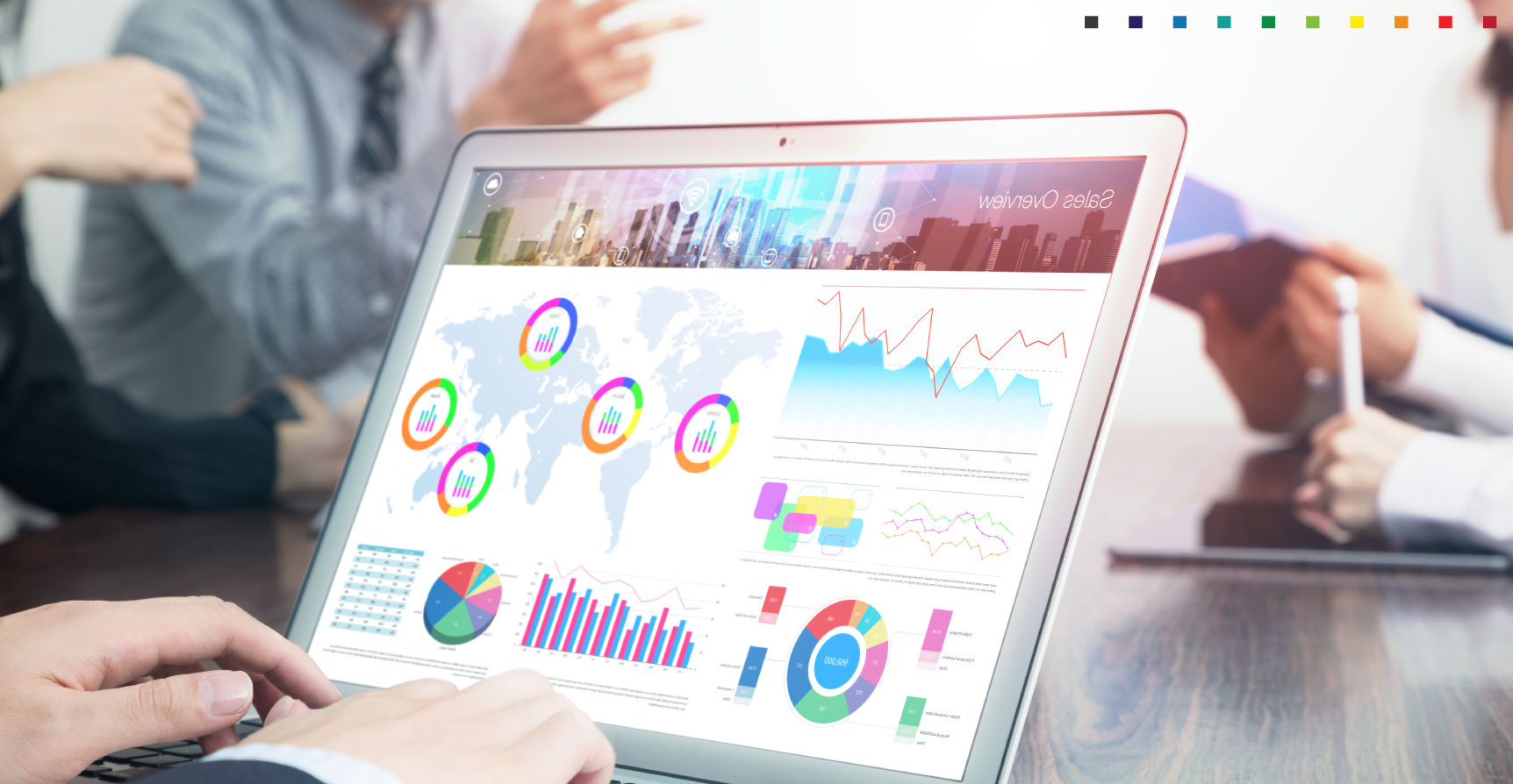 How does business intelligence software work