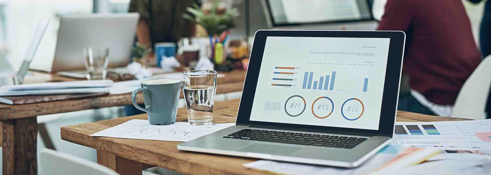 What is business intelligence in simple terms?