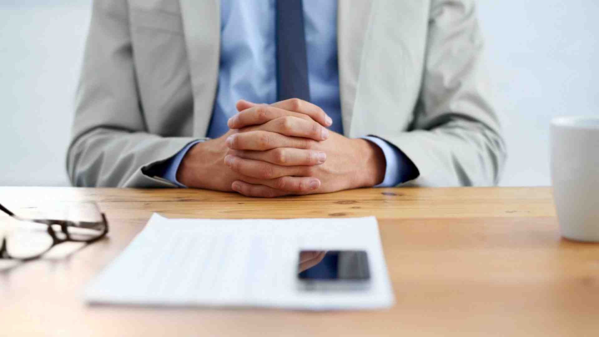 What are the top 3 questions to ask an interviewer?